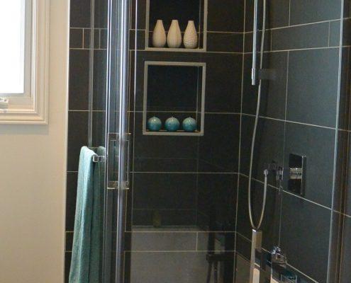 Installation céramique, Douche avec alcôve en céramique, FEXA Rénovation salle de bain