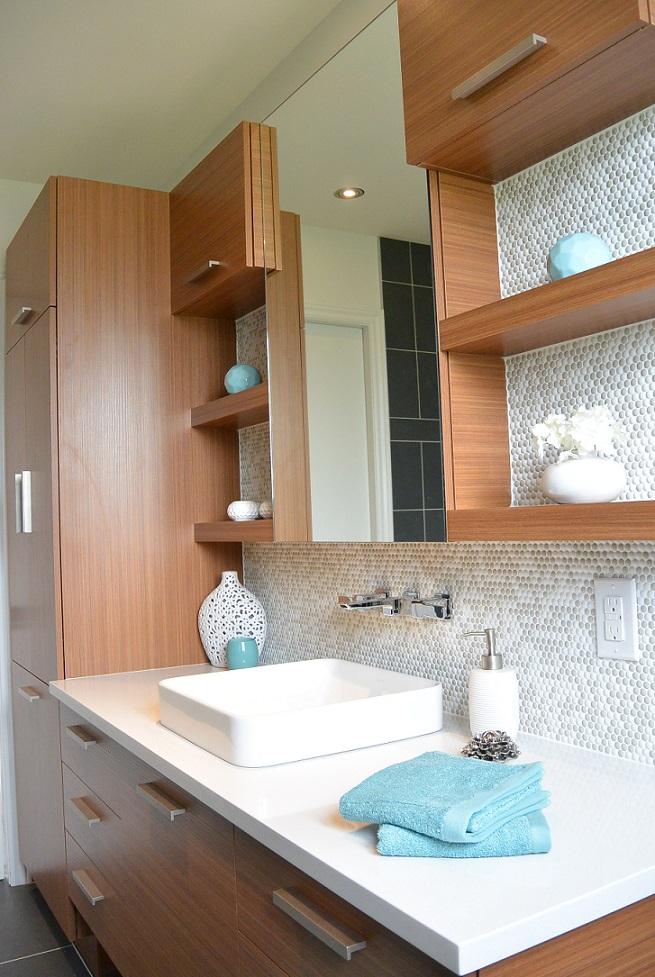 salle de bain pure comptoir de quartz et armoires ambres - Salle De Bain Epuree